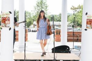 Stephanie Cadman performing in 2014. Photo: (c) Samantha Lauren